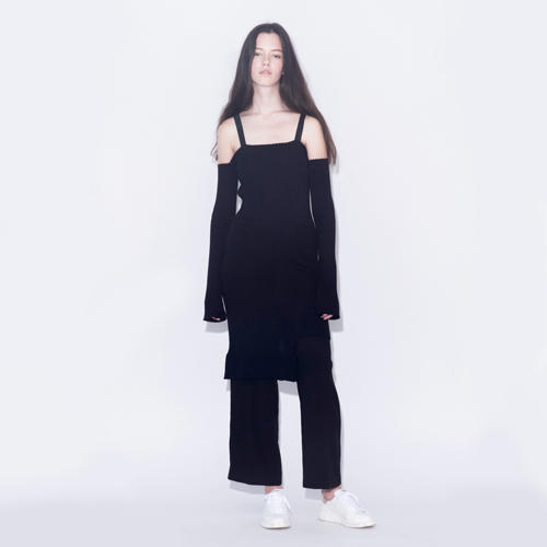 ┃HACER SEOUL┃ 16 FALL STRING OFF SHOULDER KNIT DRESSblack