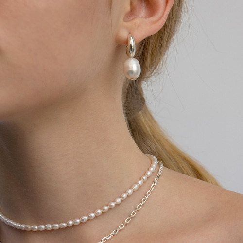 ┃NINETEEN TWO┃ OVER PEARL NECKLACEpearl