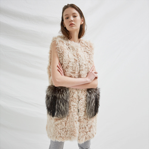 ┃BLUSHED┃ LAMB FUR  FOX POCKET VESTivory