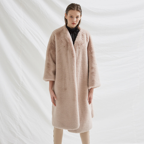┃BLUSHED┃ FULL FUR COATbeige