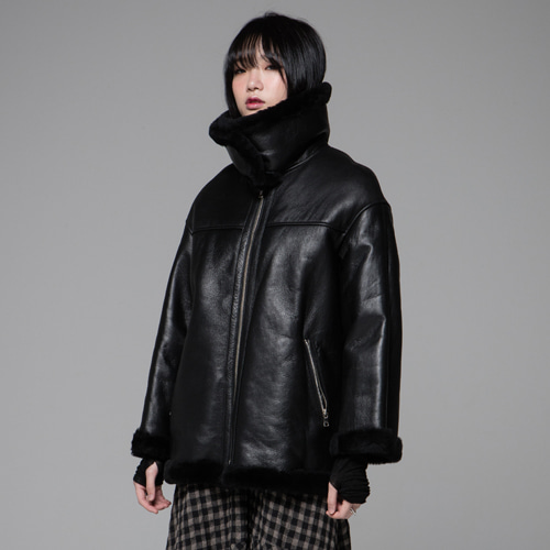┃JO5┃ HIGH -NECK SHEARLING JACKETblack