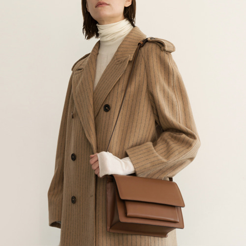 ┃DE MERIEL┃ CLASSIC BAG MEDIEUMtan-brown