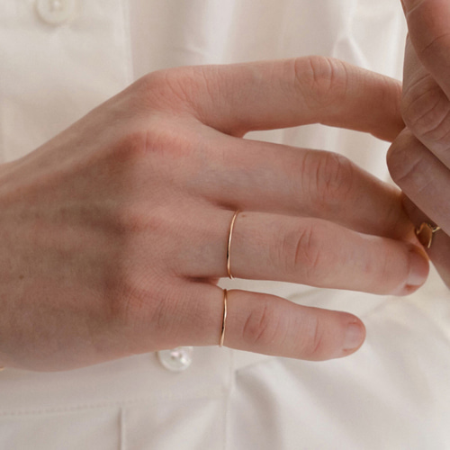 ┃NINETEEN TWO┃ 14K GOLD STRING RING gold